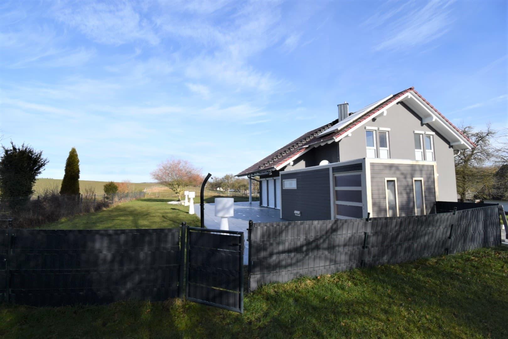 Verkauft: Ruhe und Komfort vereint – Einfamilienhaus mit gehobener Ausstattung inmitten der Natur