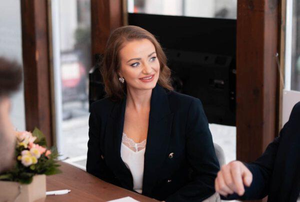 Immobilienmaklerin Sandra Steinleitner