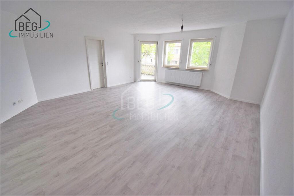 Oberrot - Komplett renovierte 3-Zimmer-Wohnung mit Balkon